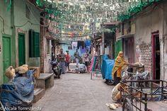 Street scene in Kolkata West Bengal #india #people #travel #streetphotography #1001people #all_mypeople #bnw_magazine #digers_vzla #everydayeverywhere #eyeem #great_captures_people #great_portraits #igers #igworldclub #ig_global_life #ig_street #insta_anadolu #peoplescreatives #people_and_world #people_storee #photooftheday #phototag_it #photo_storee #re_tratos #snapso #street_portrait #street_photo_club #streetlife_award