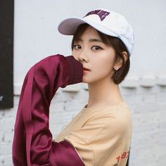 Yun Yun, Chinese Actress, My Idol, Actresses, Actors, Songs, People, Nymph, Beauty