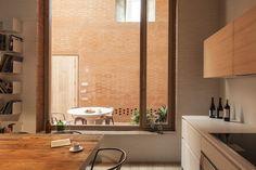 Beautiful house in Barcelona 1 afasia: Harquitectes