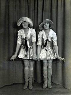 Танцовщицы из 1926 года
