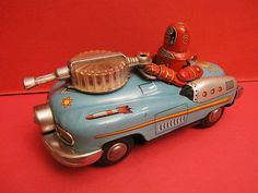 SPACE TOYS - ROBOT NOMURA , MADE IN JAPAN , 1956 ROBBY STUDEBAKER SPACE PATROL CAR BATTERY OPERATED ALL ORIGINAL , VERY NEAR MINT CONDITION Battery operated , working SIZE IS 20 CM LONG ENTIEREMENT D