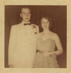 Prom King And Queen, King Queen, Prom Date, Homecoming, Vintage Photographs, Vintage Photos, 1950s Prom, Prom Photos, Vintage Prom