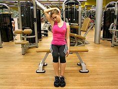 Cvik č. 2: Svaly boční strany krku (postranní svaly krku). - V konečné pozici vydržte 10 vteřin (tj. přibližně 2 klidné nádechy). Cvik zopakujte stejným způsobem také na opačnou stranu.
