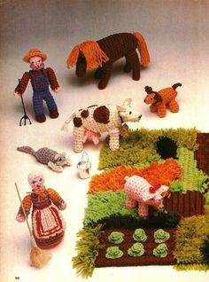Y047 Crochet PATTERN ONLY Farm Yard Scene Animals Farmers House Yard