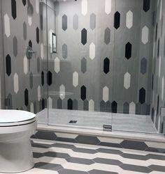 Top 60 Best Bathroom Floor Design Ideas - Luxury Tile Flooring Inspiration Dark Gray Bathroom, Grey Bathroom Tiles, Yellow Bathrooms, Shower Tiles, Bathroom Ideas, Bathroom Designs, Bathroom Interior, Home Design, Floor Design