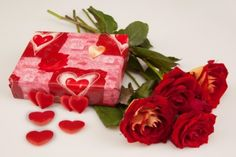 Gift and Roses - Gift, Rose, Red, Beautiful, Nice, Pretty, Holiday, Flower, Lovely, Valentine