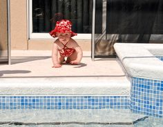 Infant Swimming: Teaching Infants and Toddlers to Save Themselves from Drowning