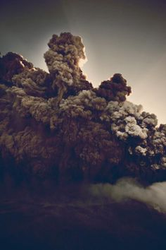 A fun image sharing community. Explore amazing art and photography and share your own visual inspiration! Volcan Eruption, The Wombats, Heaven On Earth, Geology, Mother Nature, Decir No, In This Moment, Thoughts, World