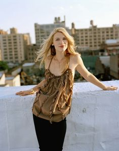 Celebrity Faces, Celebrity Hairstyles, Claire Danes, Hugh Dancy, Sexy Women, Sexiest Women, Veronica, Off Shoulder Blouse, Camisole Top