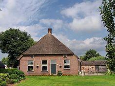 Ruinerwold, boerderij aan de Dr Larijweg