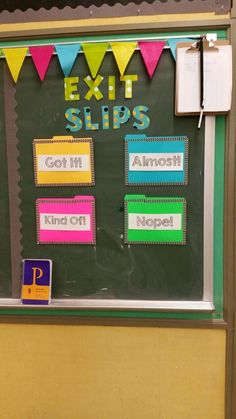 Exit Slip bulletin board with levels of understanding: Originally used in a high school class but could use a similar concept for elementary.