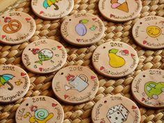 Személyes ajándékok Kindergarten, Presents, Going Away, Kinder Garden, Gifts, Kindergartens, Gifs, Preschool