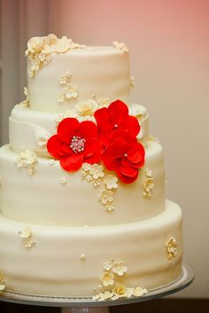 Wedding Cake with Red Flower Design by wedding channel, via Flickr