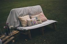Decoração - Decoration Casamento Bel e Ju Outdoor Sofa, Outdoor Furniture, Outdoor Decor, Bench, Home Decor, Places, Valentines Day Weddings, Interiors, Decoration Home
