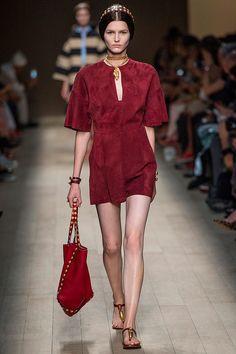 Un sueño medieval de primavera, así es la porpuesta Dolce & Gabbana SS14