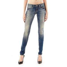 Jeans Jegging used look    Diese Jeans in Used-Optik hat Retro-Flair und sorgt immer für eine hinreißende Optik. Die Ultra Skinny ist trotz Vintage-Style modern wie keine andere.    98% Baumwolle 2% Elastan.  11,75-oz-Denim.  Maschinenwäsche bei 30°.  Abgebildet ist Größe 27, Maße:  Innere Beinlänge ca. 86 cm.  Gesamtlänge ca. 115 cm.  Fällt größengetreu aus....
