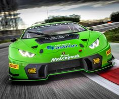 The Huracán GT3 will make its 2016 North American debut into the @imsaracing 24 Hours of Daytona at @disupdates!  #Lamborghini #HuracanGT3 #Rolex24
