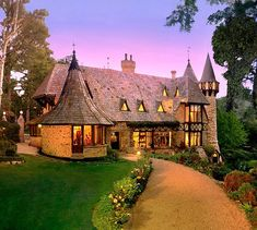 Thorngrove Manor, I'm staying at this Adelaide hotel next time I'm in SA