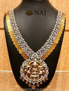 Diamond Jewellery Sites India another Arya Diamond Jewellery (india) Private Limited this Kerala Jewellery Near Me Real Gold Jewelry, Gold Jewellery Design, Indian Jewelry, Diamond Jewelry, Diamond Necklaces, Jewellery Box, Jewellery Shops, Temple Jewellery, Jewelry Stores