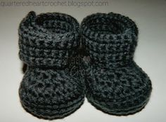 New FREE Crochet Pattern: Newborn Wide Strap Baby Booties (perfect for boys and even girls) | Quartered Heart Crochet