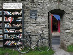 If I ever make it back to Hay-On-Wye I'll need an extra suitcase for all the books.