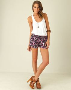 Love this outfit can't wait for summer!