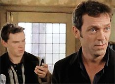 Ben & Hugh fighting over a phone XD / gif*