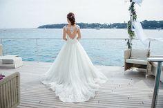 wedding dress back detail