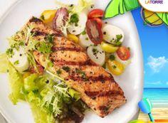 ¿No sabes que plato #saludable poner hoy para #comer? Te damos una buena idea! #Pescado al #vapor con #verduras #salteadas