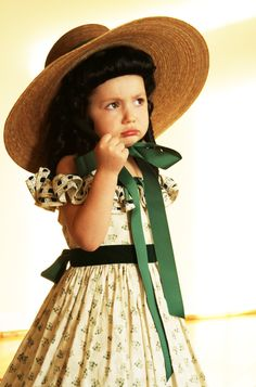 Little girl Scarlett O'Hara costume (my dramatic Katie Scarlett would be perfect!)