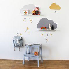 IKEA Hack und eine ganz simple Idee: IKEA Bilderleisten +passenden Wandtattoo = Wolkenregale fürs Kinderzimmer. In vielen Farben und Varianten in unserem Shop erhältlich: www.limmaland.com