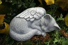 Estatua del ángel - Memorial del animal doméstico del gato