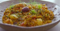 Tom Kerridge served up a tasty low calorie Italian seafood pot with fennel, courgettes and orzo pasta on Tom Kerridge's Lose Weight For Good. This pasta dish comes in at 400 calories per serv… Fish Recipes, Seafood Recipes, Cooking Recipes, Healthy Recipes, Recipies, Dinner Recipes, Ham Pasta, Pasta Dishes, Italian Seafood Stew