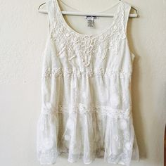Boho Lace Top Boho lace top in a creamy off-white color.  Varied lace patterns.  Hits at a great length.  Very Free People and bohemian!  Says Large but would work for either a Medium or Large Ultra Pink Tops Tunics