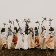 Rain, rain, go away. 🌧A crazy downpour was no match for these girls! This moody-boho wedding day to… Wedding Bells, Fall Wedding, Dream Wedding, Wedding Pins, Wedding Flowers, Bridesmaid Inspiration, Wedding Inspiration, Make Up Braut, Marie