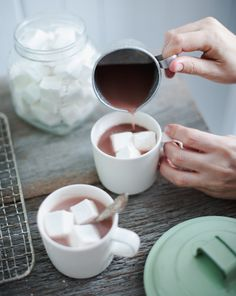 hot chocolate - (reception: big glass jar of marshmallows and another slightly smaller jar of mini marshmallows)
