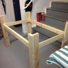 Diy dog bed pallet raised 23 New Ideas Diy Dog Kennel, Diy Dog Bed, Diy Bed, Ana White, Diy Kitchen Accessories, Pallet Dog Beds, Wood Projects That Sell, Diy Crafts For Teens, Diy Home Decor Bedroom