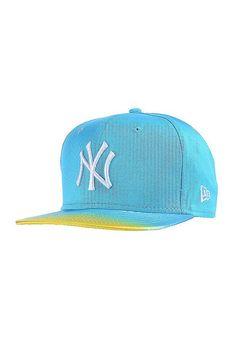Features: Snapback Cap, Logostick, Größenverstellbar, Gerader Schirm, Farblich abgesetzter Schirm, MLB, New York Yankees Cap, HerstellerFarbe: vice blue/white,  Material: 100% Baumwolle...