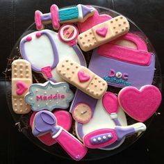 Doc McStuffins cookies for a Doc MacStuffins Birthday Party Doc Mcstuffins Cookies, Doc Mcstuffins Birthday Party, 4th Birthday Parties, Girl Birthday, Birthday Ideas, Doctor Mcstuffins Party Ideas, Cute Cookies, Sugar Cookies, Fancy Cookies