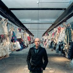 Antonio Marras. A journey around Antonio Marras' world trough Artworks, Sketches and Photo. Everything Antonio is in love with.