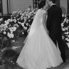 REAL WEDDING I REAL BRIDE I Jessica looked stunning and was wearing a gown from Ferrari Formalwear & Bridal