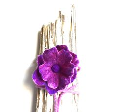 Felted purple flower and rope. For home decor by LaVieBoeretroos #seyfindme #google