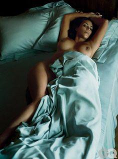 Shpërthen Kim Kardashian, i heq të gjitha