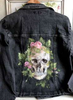 Skull Painting, Laurence, Hand Painted, Pocket, Denim, Ideas, Painted Clothes, Thoughts, Jeans