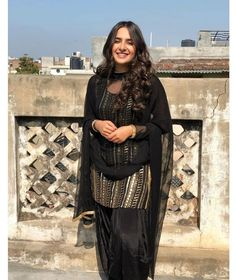 Punjabi Girls, Punjabi Suits, Patiala Dress, Patiala Suit, Salwar Kameez, Diwali Dresses, Embroidery Suits Punjabi, Punjabi Models, Girls Dp Stylish