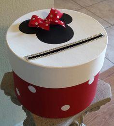 Boîte en carton de Minnie Mouse parfait pour une par JayLeeDesign