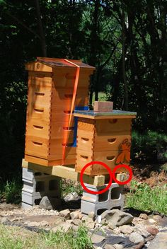 beehive stand | Elevated hive stand | Bee Hive Journal