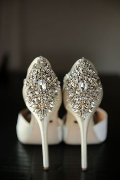 sparkly Badgley Mischka shoes // photo by Pepper Nix Photography: http://www.peppernix.com || see more on http://www.artfullywed.com  Could recreate this look with some pretty brooches on simple shoes