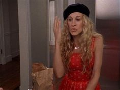 Carrie Bradshaw outfit, Sex and the City, SATC Carrie Bradshaw Outfits, Carrie Bradshaw Style, Paris Outfits, City Outfits, City Style, Vintage Style Outfits, Party Fashion, Style Icons, Carry On