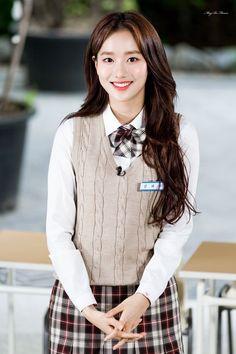 Apink Naeun, K Idol, School Uniform, Pop Group, Korean Girl, Kpop Girls, Ulzzang, Celebs, Actresses
